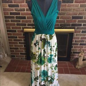 Gilli Floral Maxi Dress